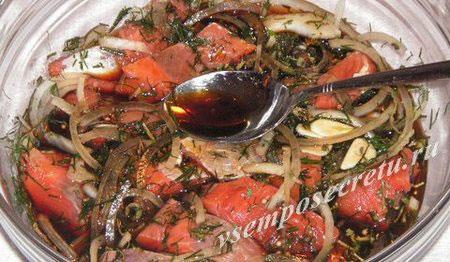 красная рыба в соевом соусе